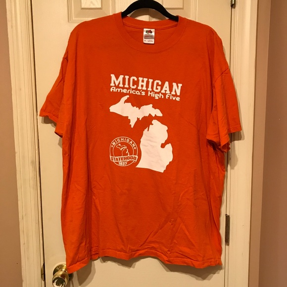 Fruit of the Loom Other - Michigan T-Shirt